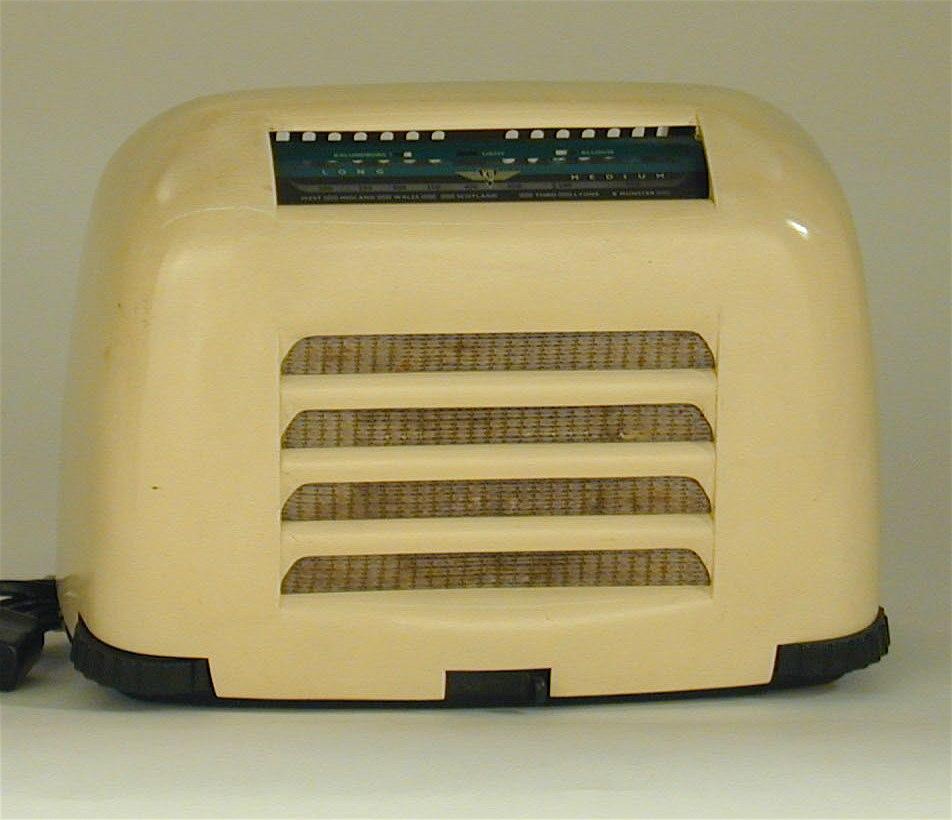 Kolster Brandes Toaster Radio