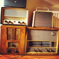 Some Things You May Like to Know About Vintage Radios